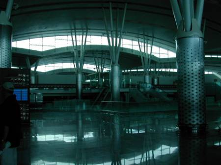 Abflughalle.jpg